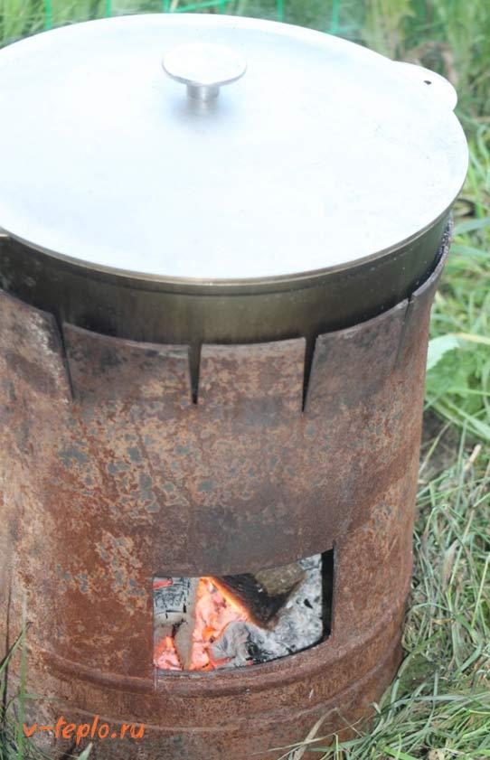 Металлическая печь для казана из баллона