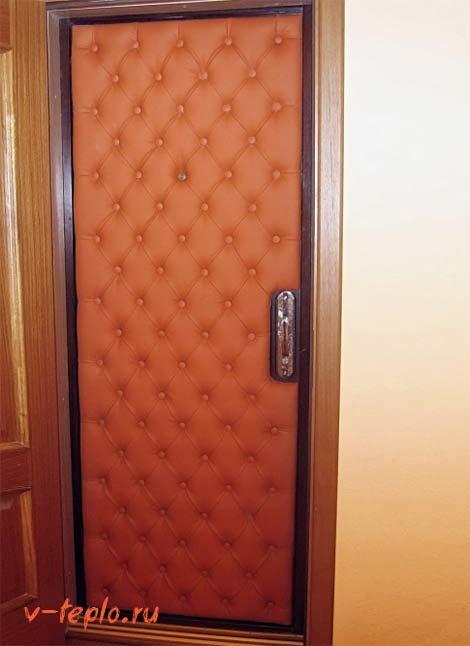 утепление входной двери