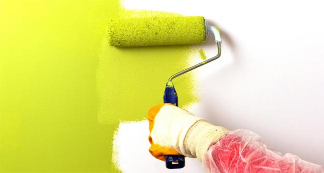 покраска стен за батареей
