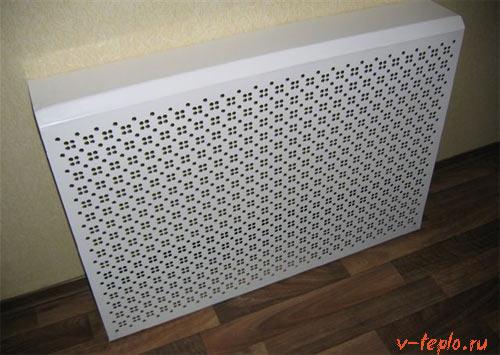 пластиковые экран на радиатор