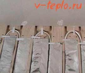 деревянный модуль для укладки труб водяного пола