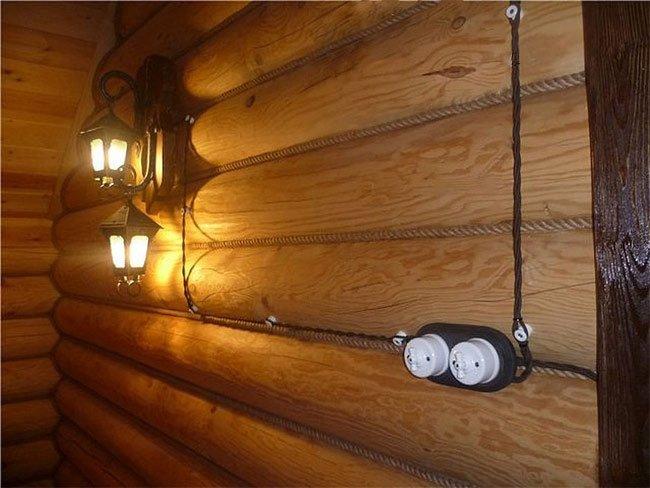 фото электропроводка в деревянном доме