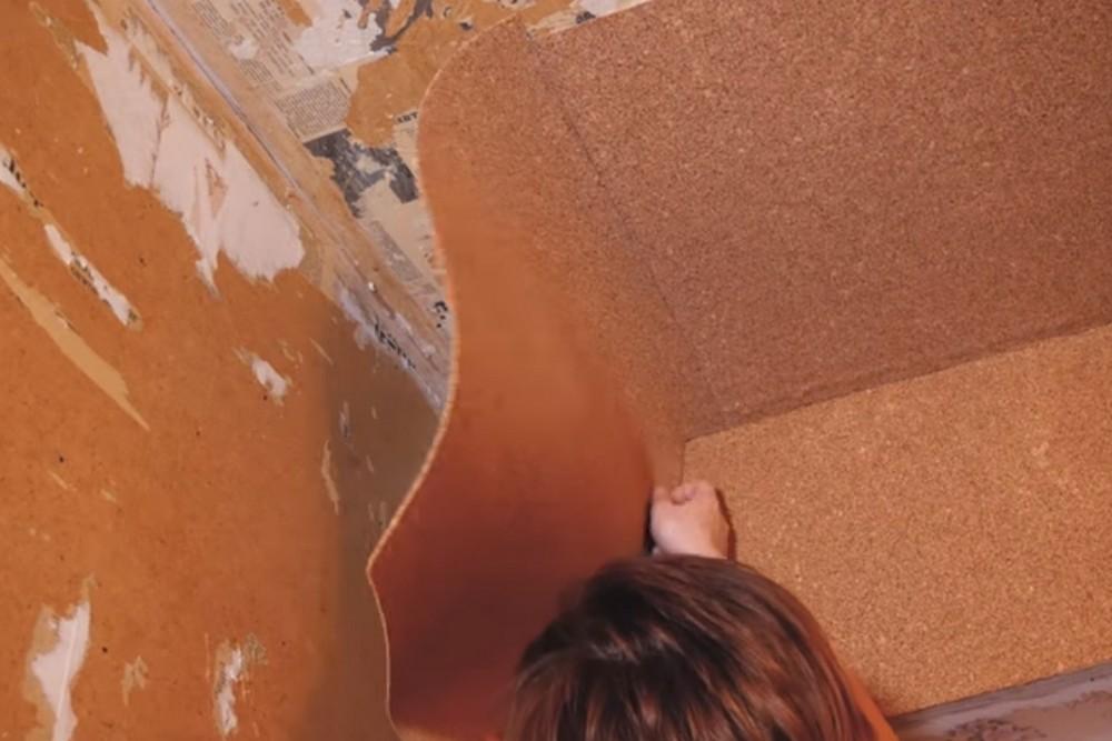 Установка пробкового покрытия на стены и потолок