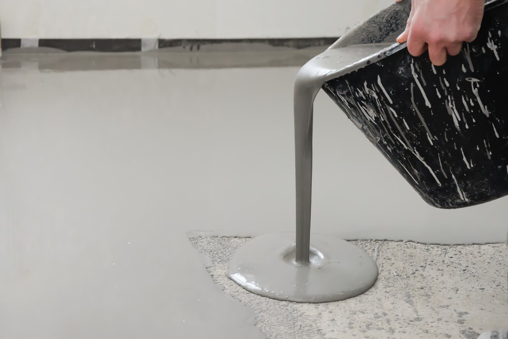 Наливной пол для закрепления цементной стяжки