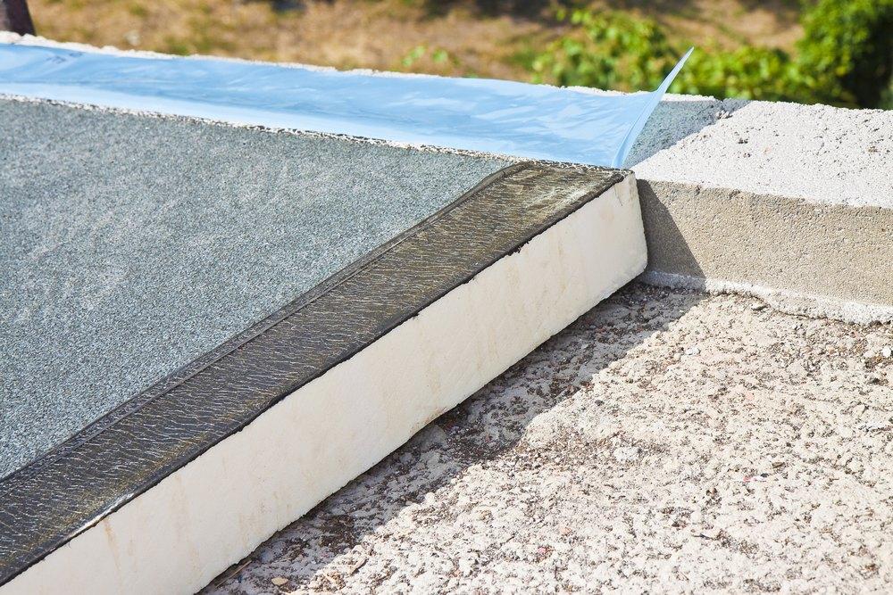 Укладка пенопласта на плоскую крышу