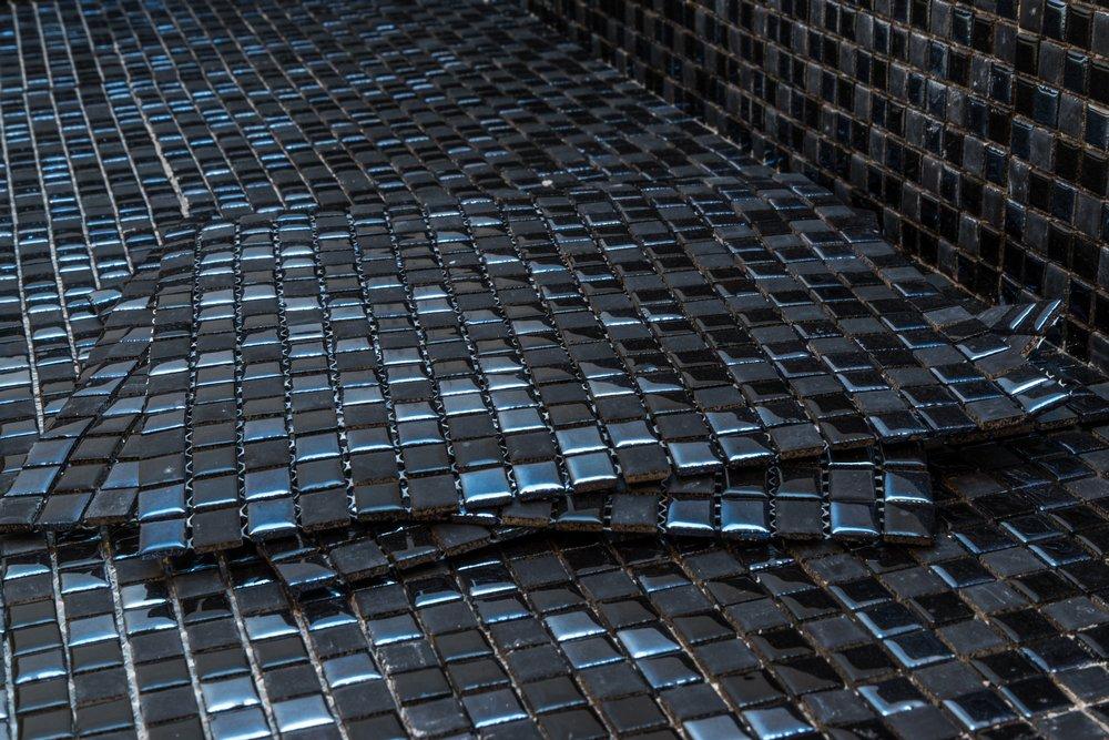 Стеклянная мозаика для бассейна