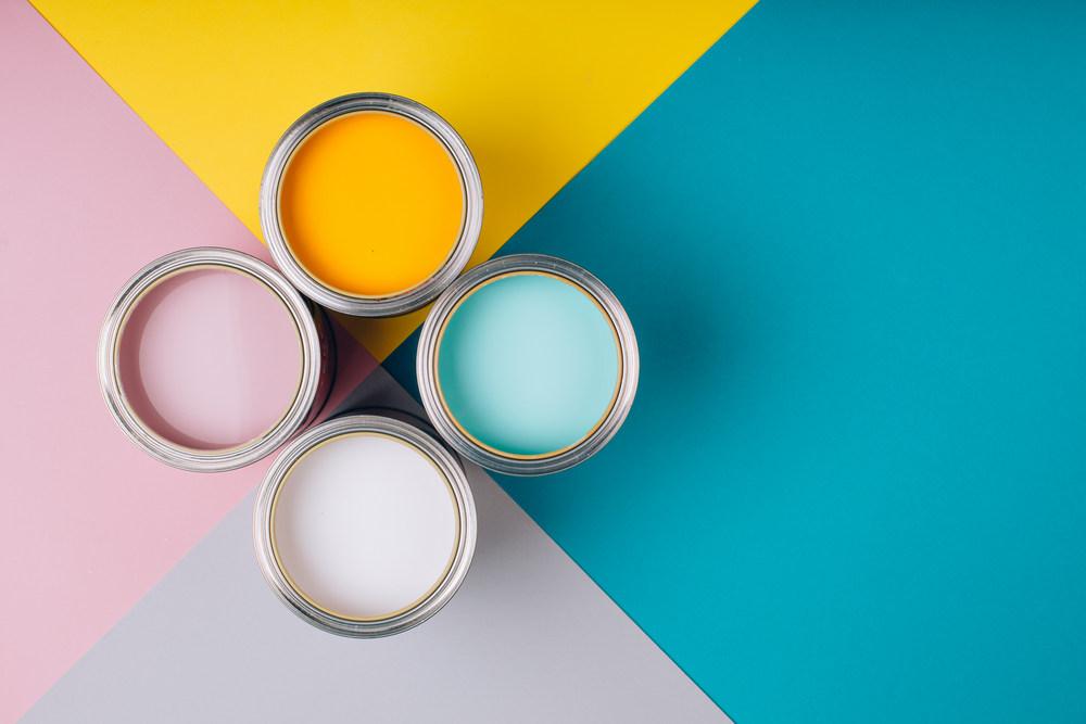 Краски для покраски потолков
