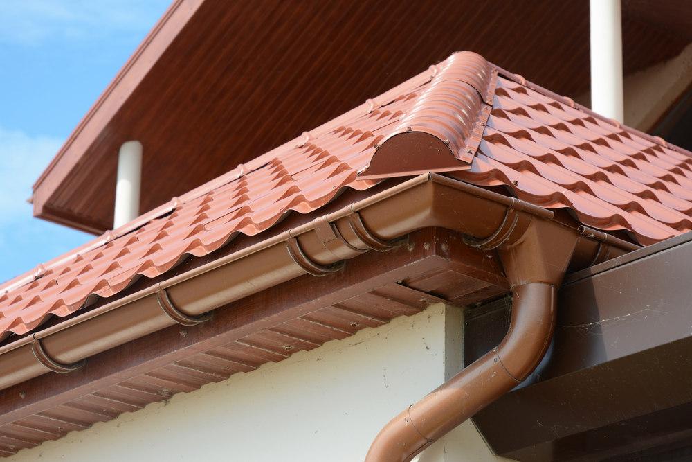 Ошибки при установке водостоков на крыше