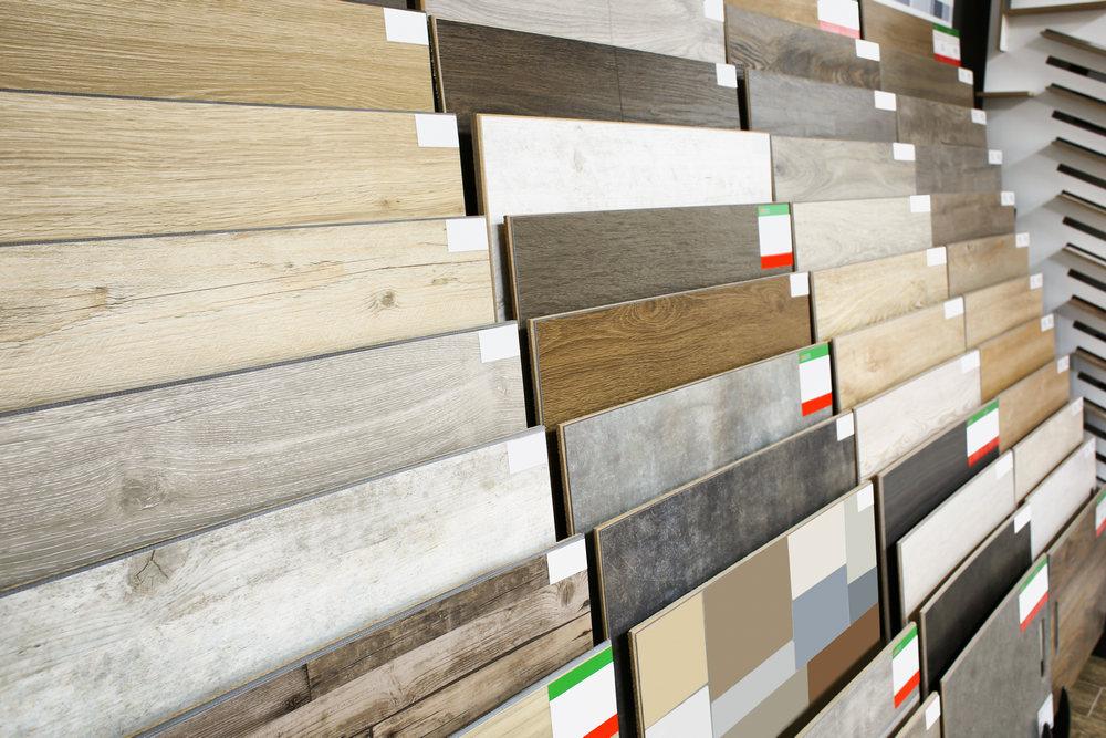 Как выбрать керамогранитную плитку в квартиру