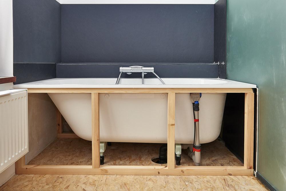Правила установки ванны в квартире