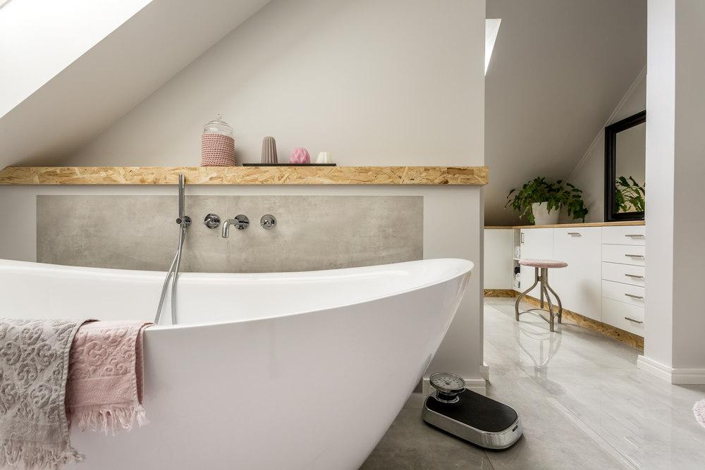 Выбор ванны по материалу