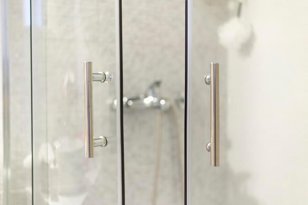 Виды дверок для душевых кабин