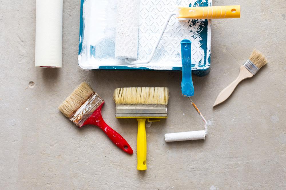 Что нужно для окрашивания стен в квартире