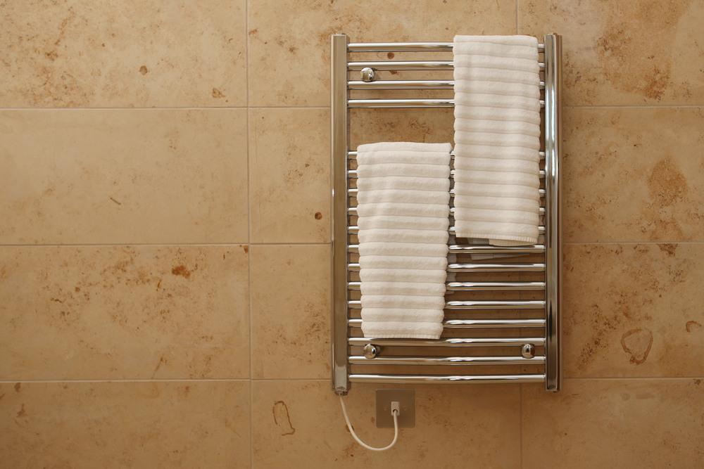 Виды полотенцесушителей для ванной