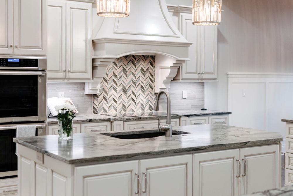 Чем отделать стены на кухне – выбор материалов