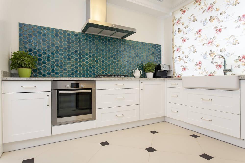 Советы по выбору дизайна обоев для кухни